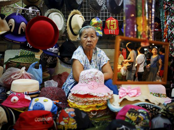 thai-economy-and-spirits-are-sagging-2.5