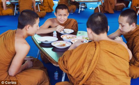 thailand's-buddhist-monks-are-obese-2